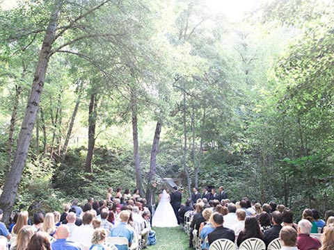 nevada city ca hotel wedding in lawn